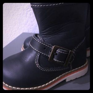 Shoes - infant leather boots